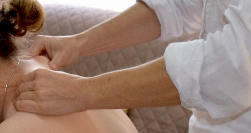 Massages Ayurvédiques : Massage ABHYANGA et SHIROSHAMPI : relaxation /énergétique / Plogastel St Germain / Quimper / Pont L'Abbé / Douarnenez . Réflexe Détente - Sylvie THOMAS - Finistère 29